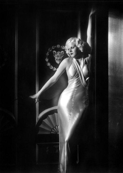 1930s Bias cut - Jean Harlow