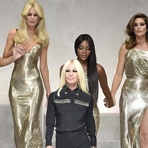 Breve (anzi no) considerazione sulla vendita di Versace