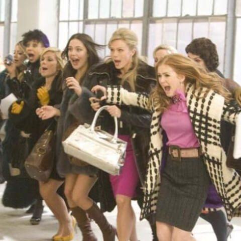 una scena dal film i love shopping
