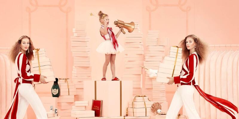 Quando Si Aprono I Regali Di Natale.Bon Ton Dei Regali Update 2018 Elisa Motterle