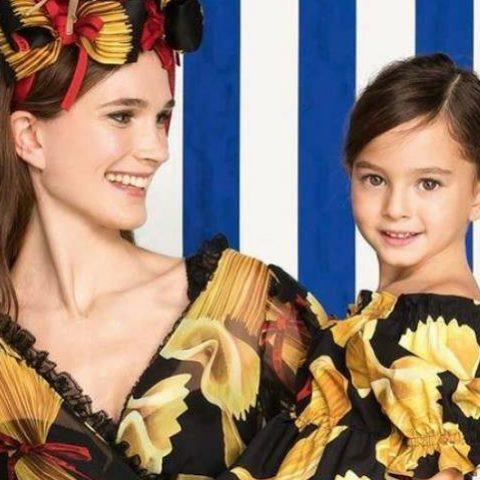 look coordinato mamma e figlia di Dolce e Gabbana